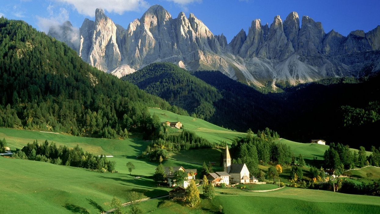 Italy sud-tirol alto-adige odle Puez Odle Val di Funes Santa Maddalena Dolomites wallpaper