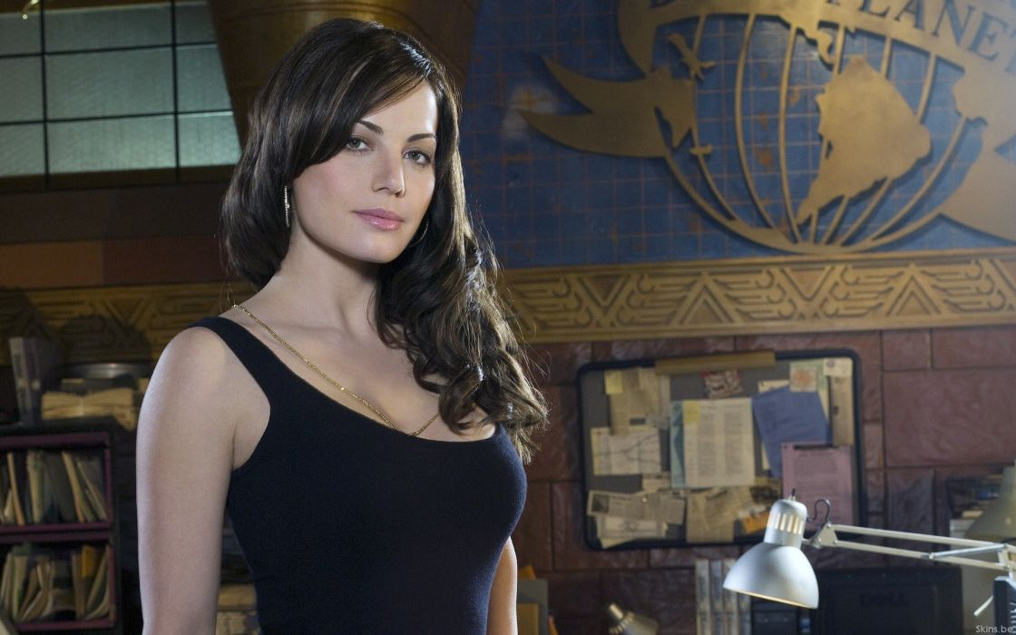 women tank tops Erica Durance Smallville TV series Lois Lane wallpaper