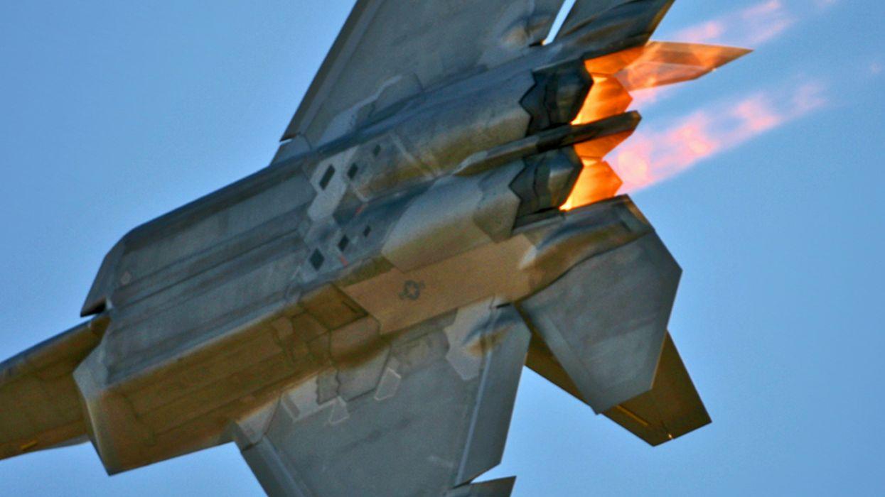 military F-22 Raptor fighter jets wallpaper