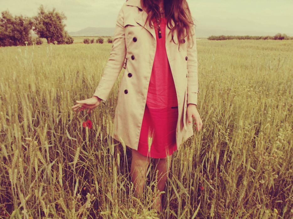 women fields wallpaper