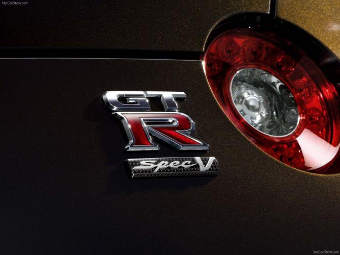 emblems Nissan GT-R R35 Tailight wallpaper
