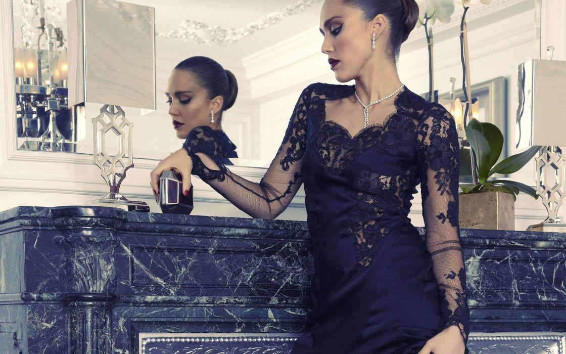 brunettes women mirrors Jessica Alba actress black dress wallpaper