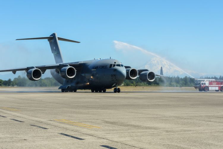 C-17 GLOBEMASTER airplane plane aircraft military firetruck emergency g wallpaper