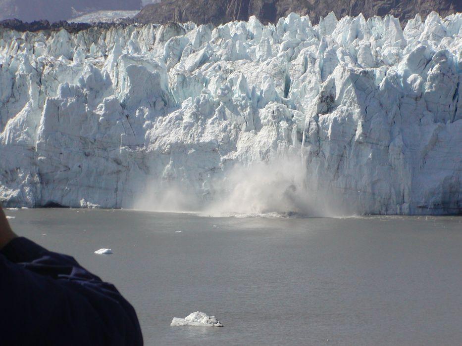 glacier calving winter ice snow  tw_JPG wallpaper