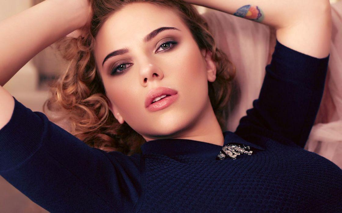 blondes women Scarlett Johansson actress curly hair wallpaper