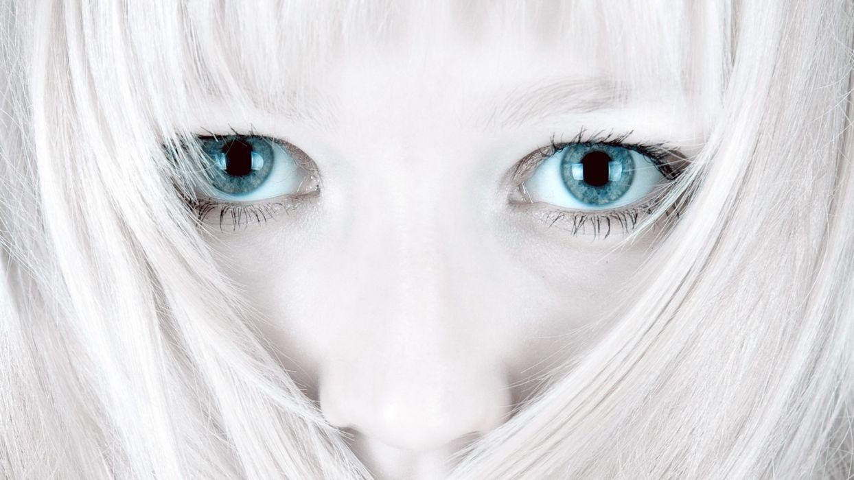 blondes women eyes blue eyes models selective coloring wallpaper