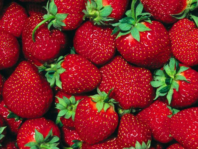 summer strawberries wallpaper