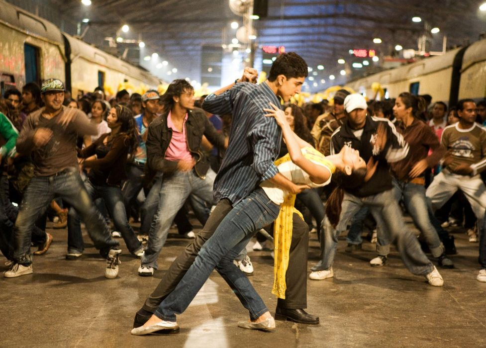 SLUMDOG MILLIONAIRE Crime Drama Romance Thriller dance     gg wallpaper