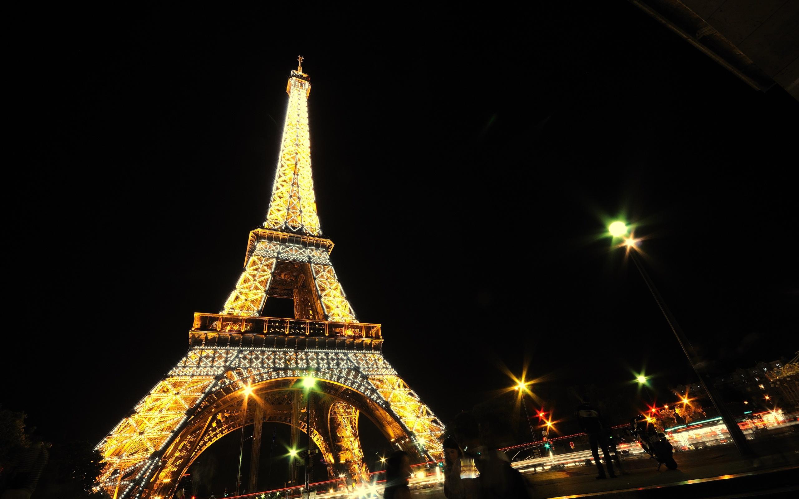 Eiffel Tower Paris Night Wallpaper 2560x1600 202042 Wallpaperup