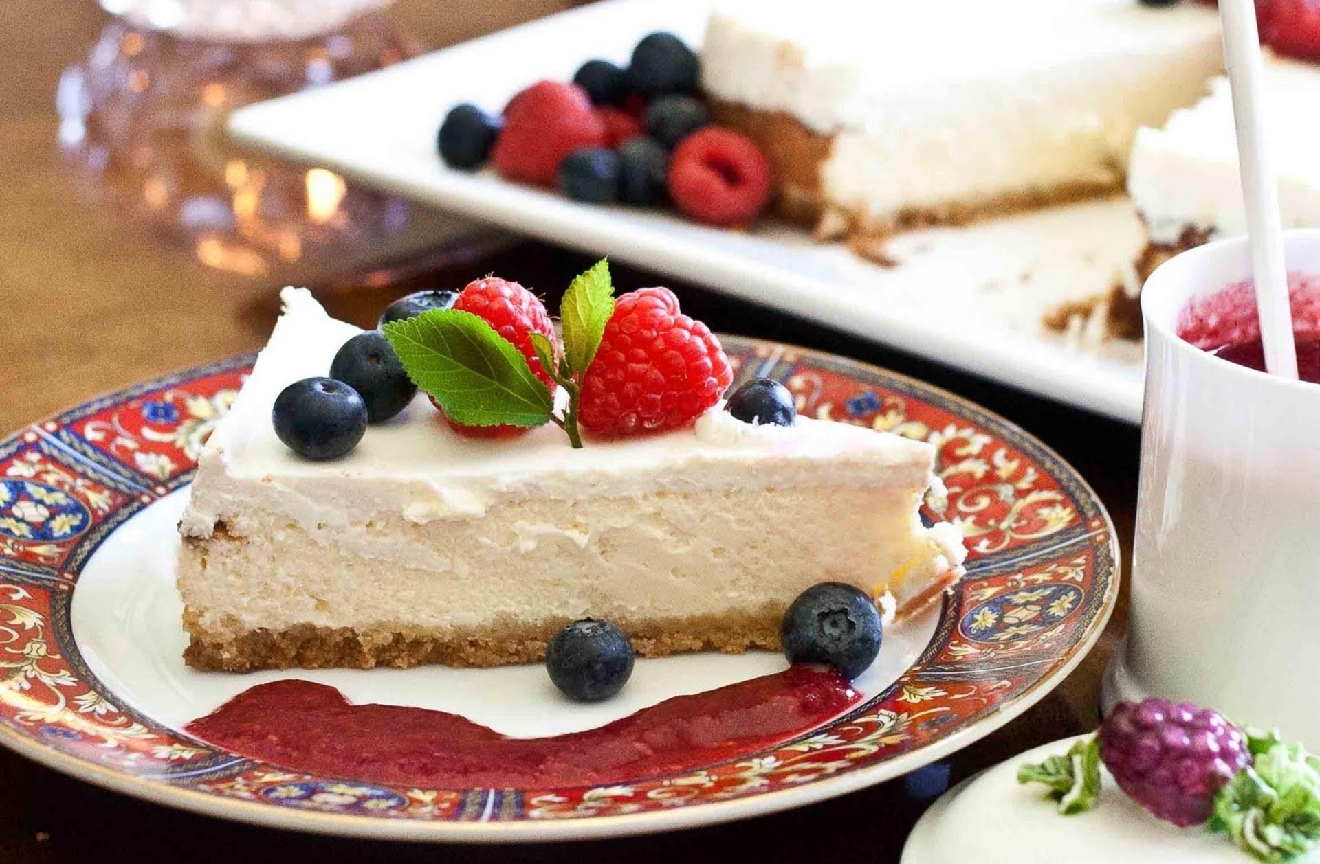 Raspberries cake cake dessert wallpaper | 1920x1258 | 202114 ...