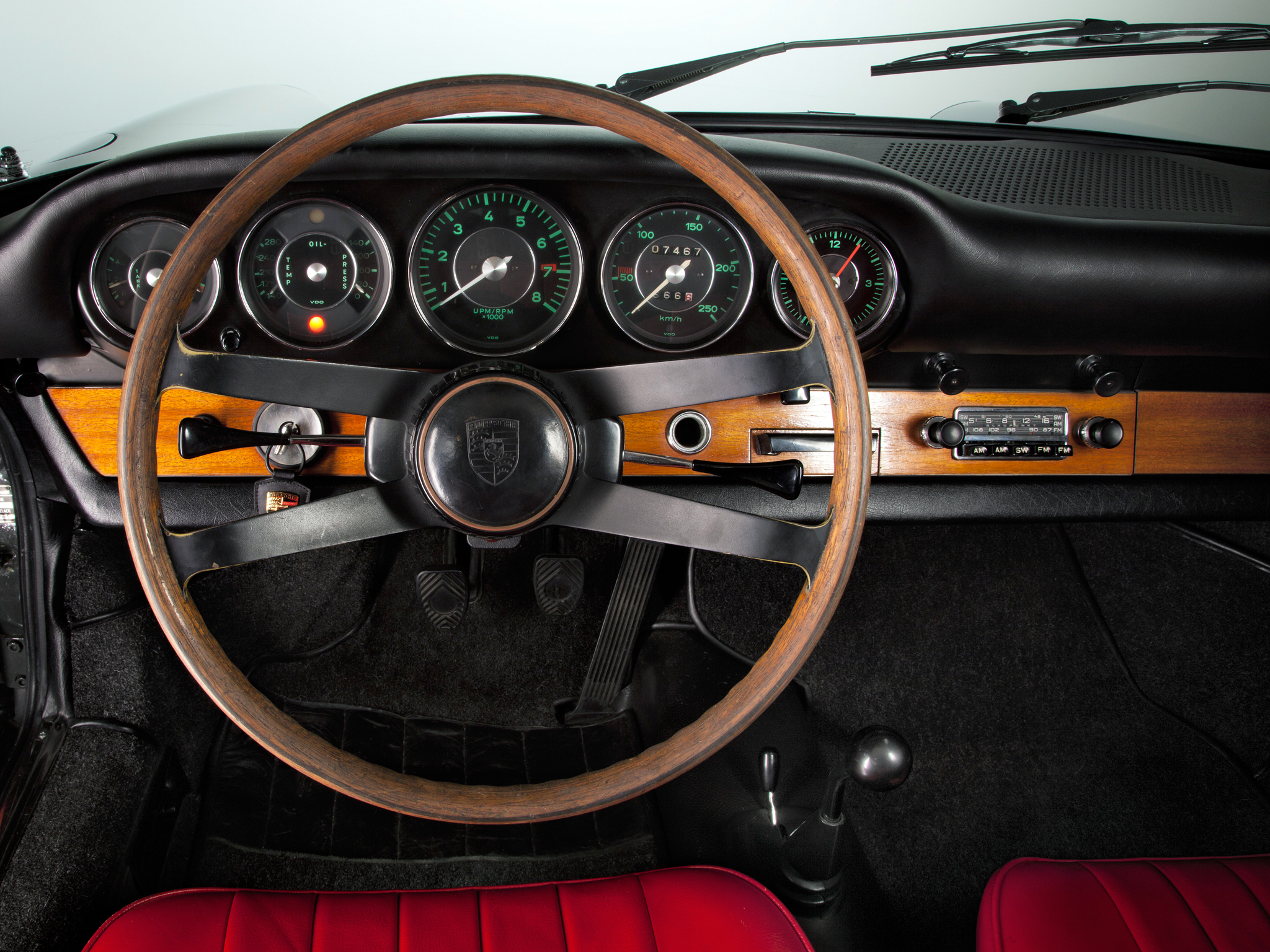 1964 porsche 911 2 0 coupe 901 classic interior g wallpaper 2048x1536 202184 wallpaperup. Black Bedroom Furniture Sets. Home Design Ideas
