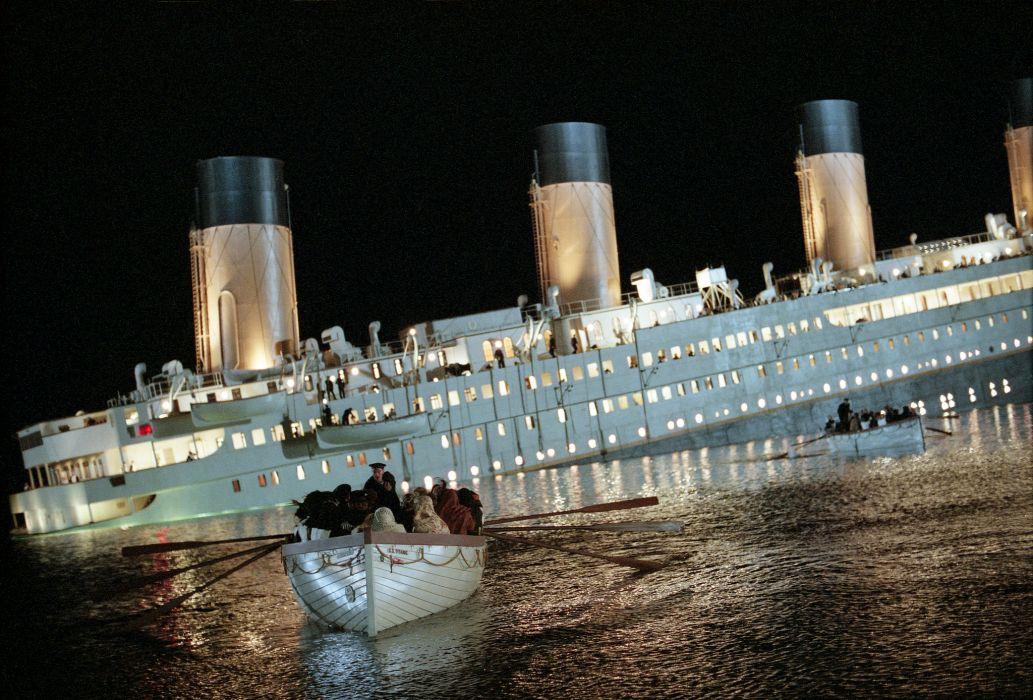 TITANIC disaster drama romance ship boat    j wallpaper