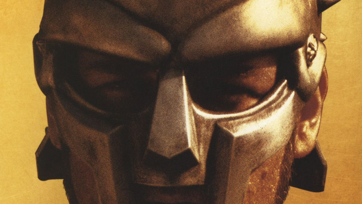 GLADIATOR Action Adventure Drama History warrior armor mask   t wallpaper