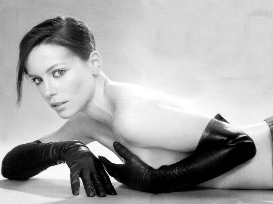 women gloves actress Kate Beckinsale wallpaper