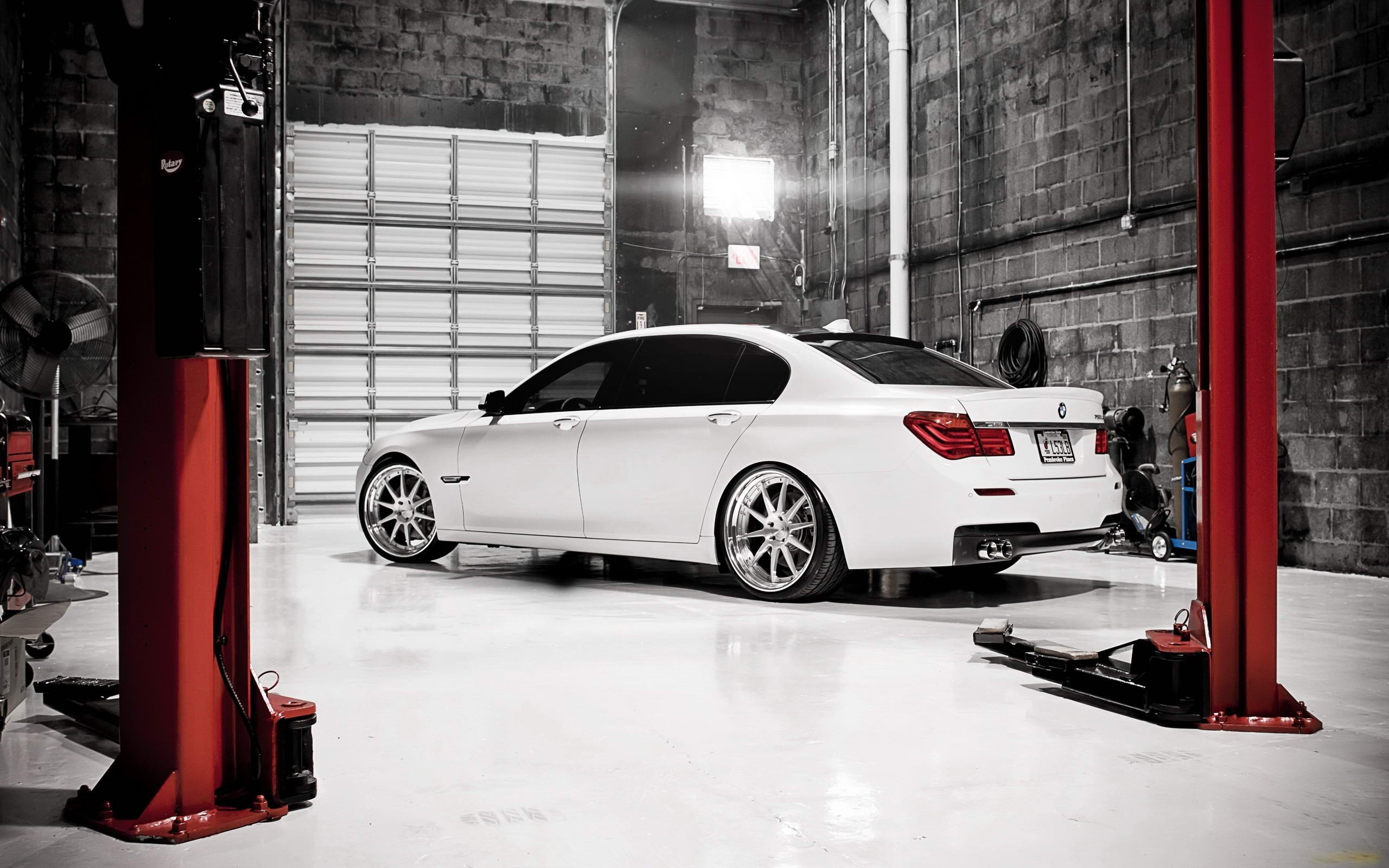 Cars tuning garages bmw 7 series wallpaper 2560x1600 for Garage bmw seclin