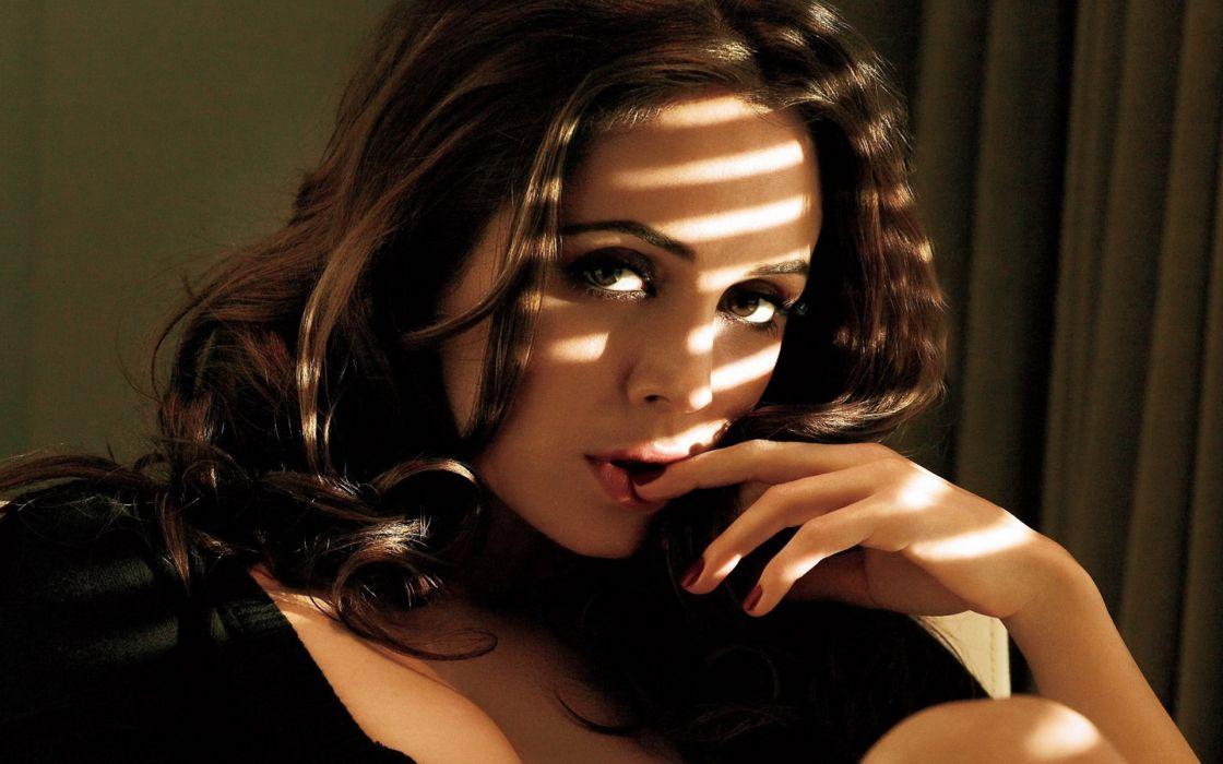 models Eliza Dushku wallpaper