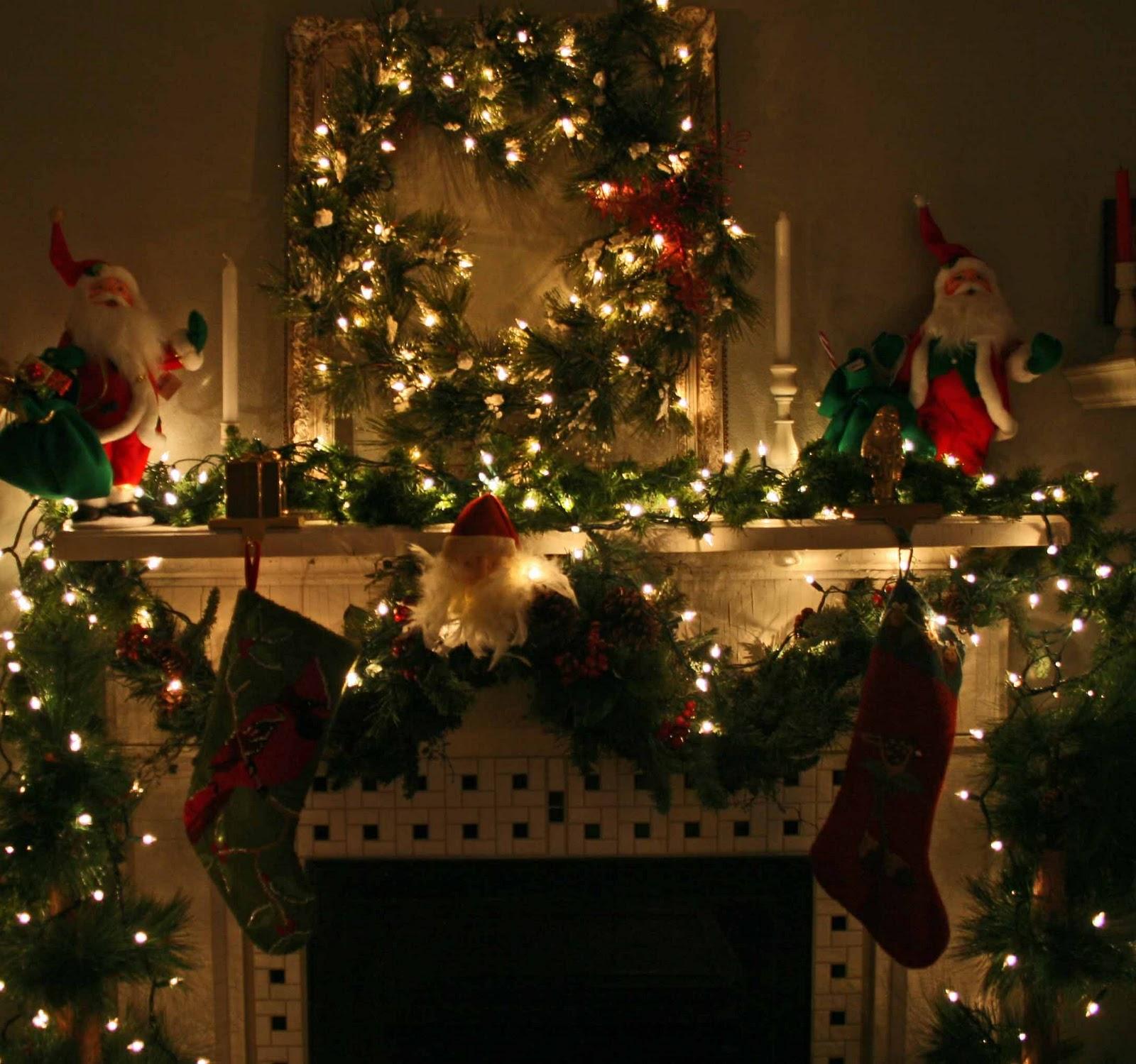 Christmas Mantals