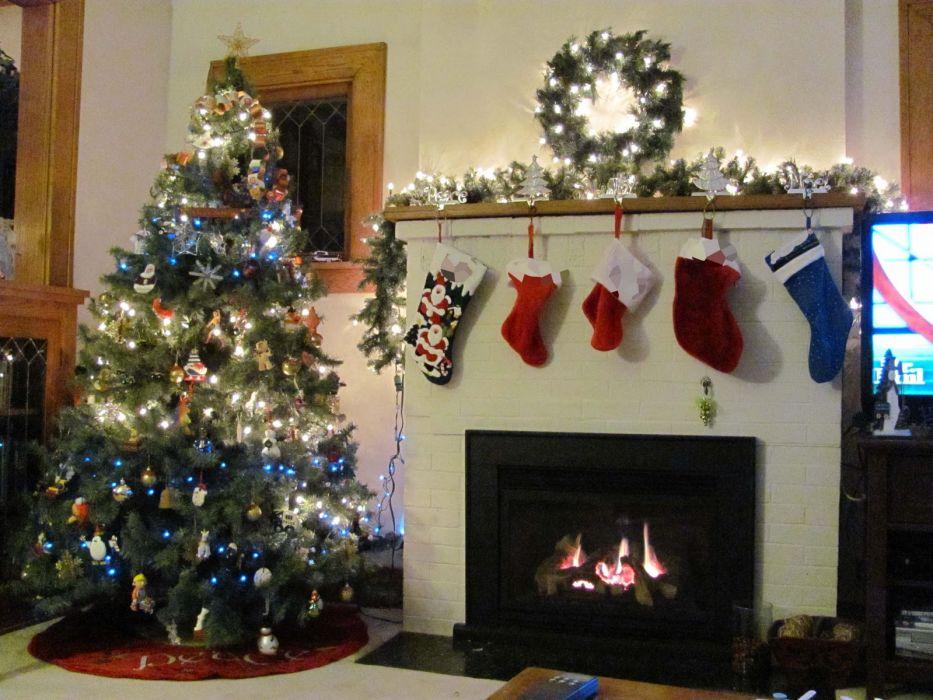 christmas fireplace fire holiday festive decorations   rh wallpaper