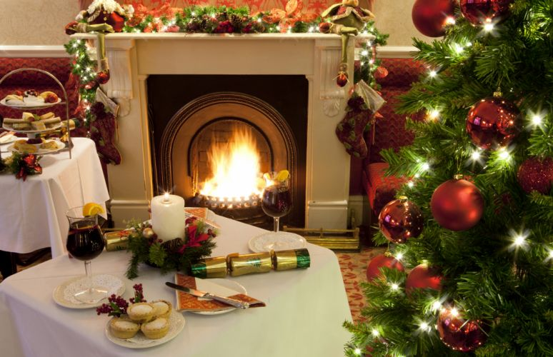 christmas fireplace fire holiday festive decorations 4 wallpaper