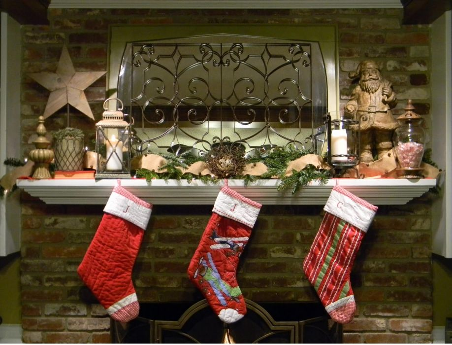 christmas fireplace fire holiday festive decorations  r wallpaper