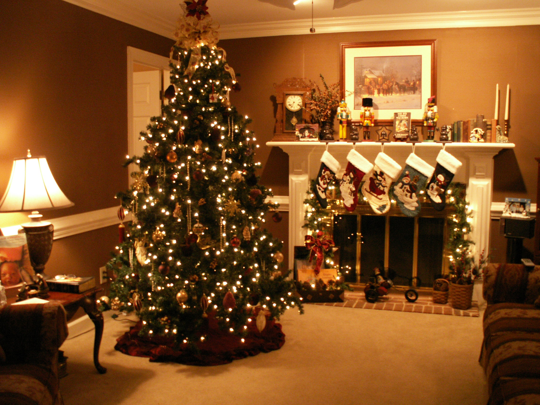 Christmas Fireplace Fire Holiday Festive Decorations 4