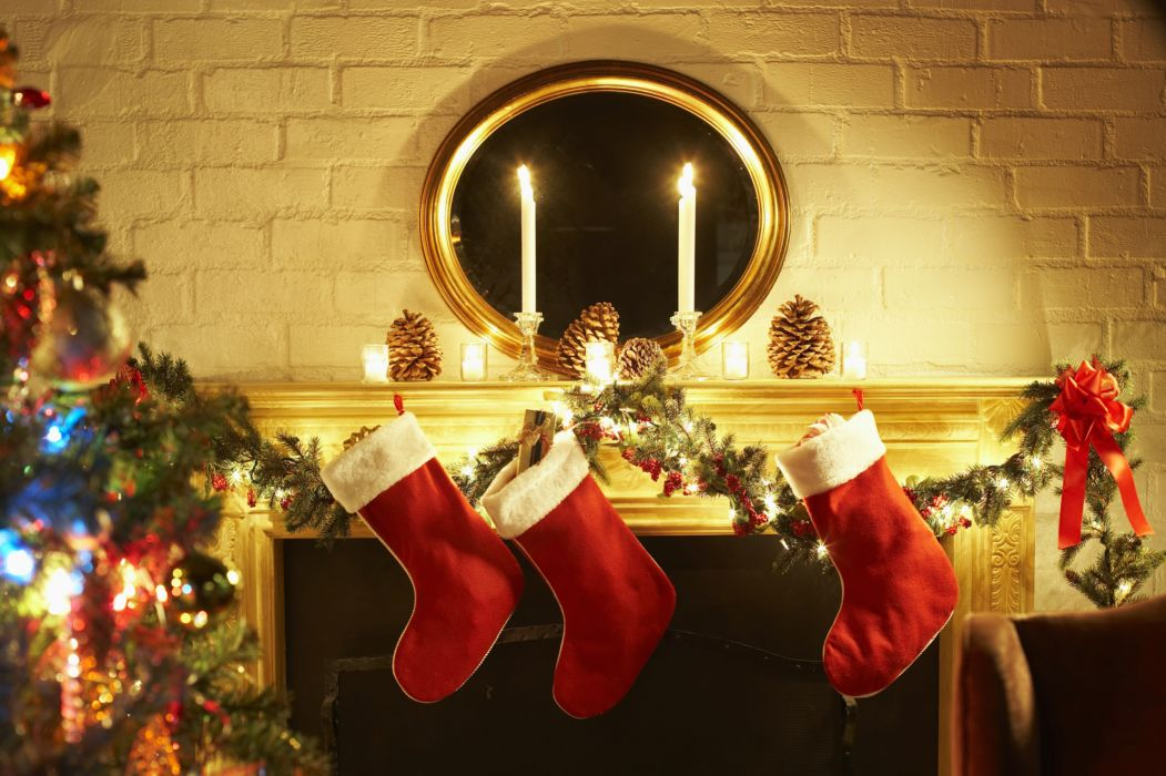 christmas fireplace fire holiday festive decorations candle    h wallpaper
