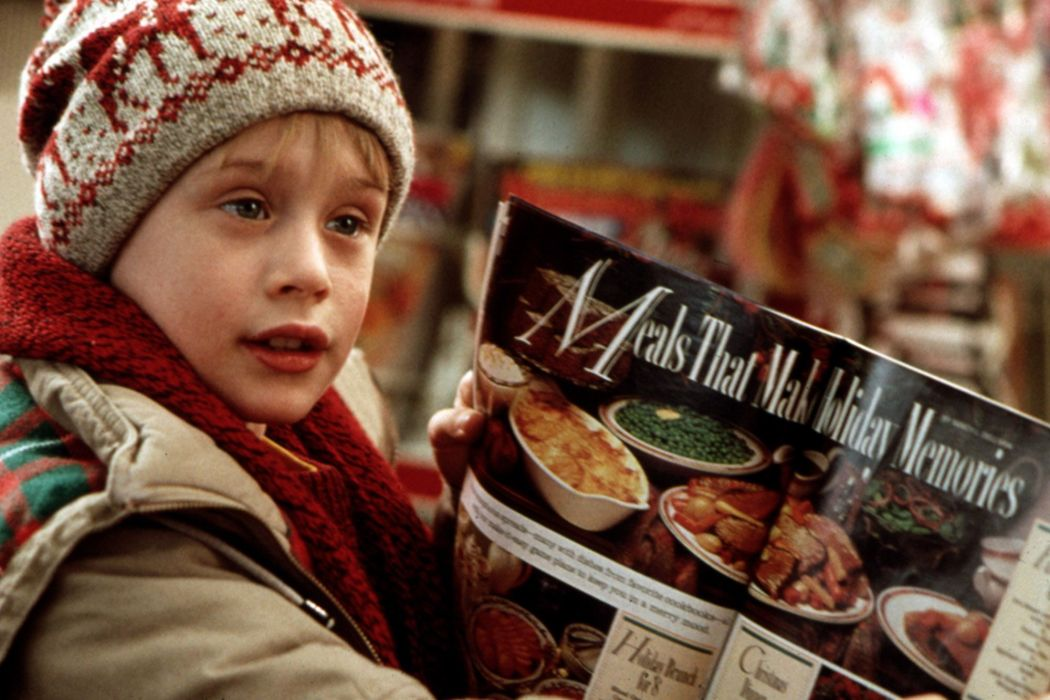 HOME-ALONE comedy christmas home alone  t wallpaper