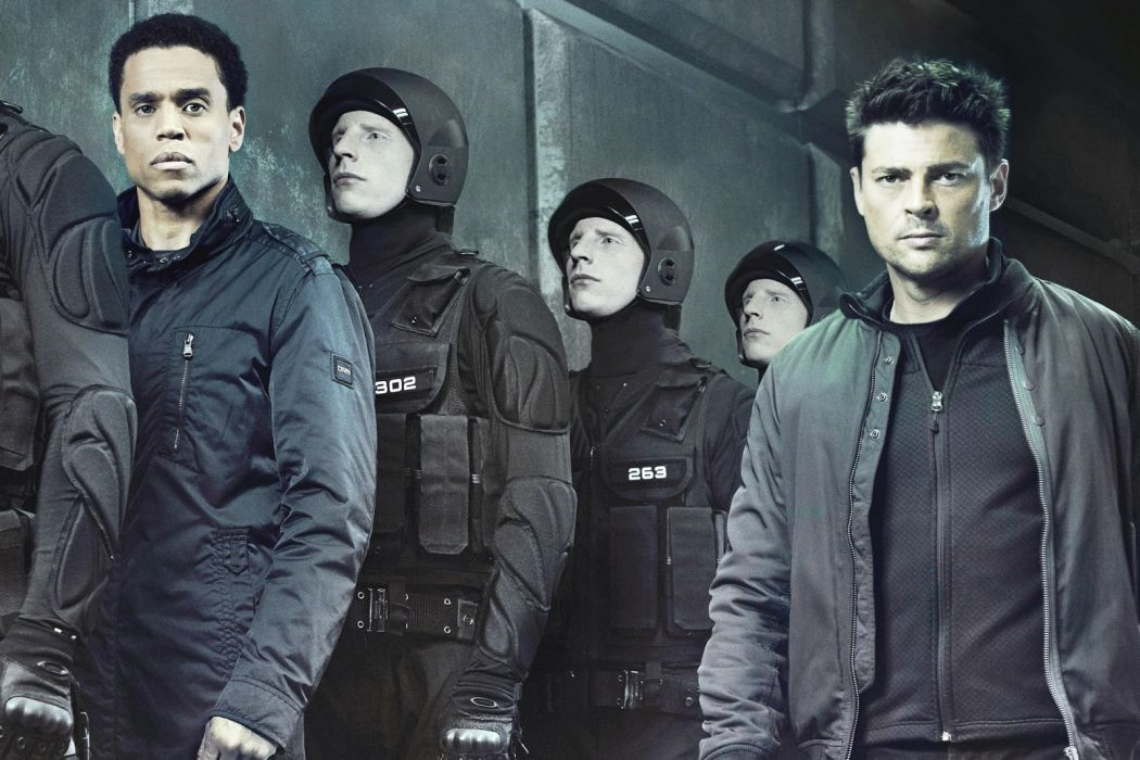 ALMOST HUMAN sci-fi action television  d wallpaper