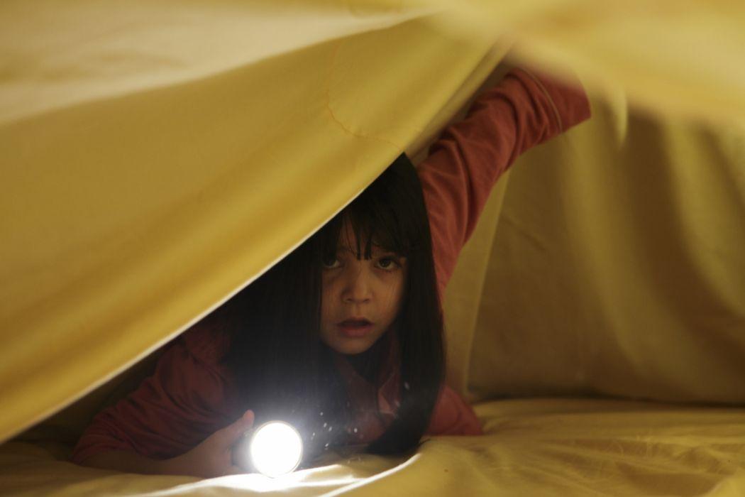 DONT-BE-AFRAID-OF-THE-DARK dark horror afraid girl child    k wallpaper