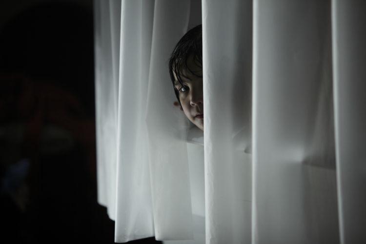 DONT-BE-AFRAID-OF-THE-DARK dark horror afraid girl child hf wallpaper