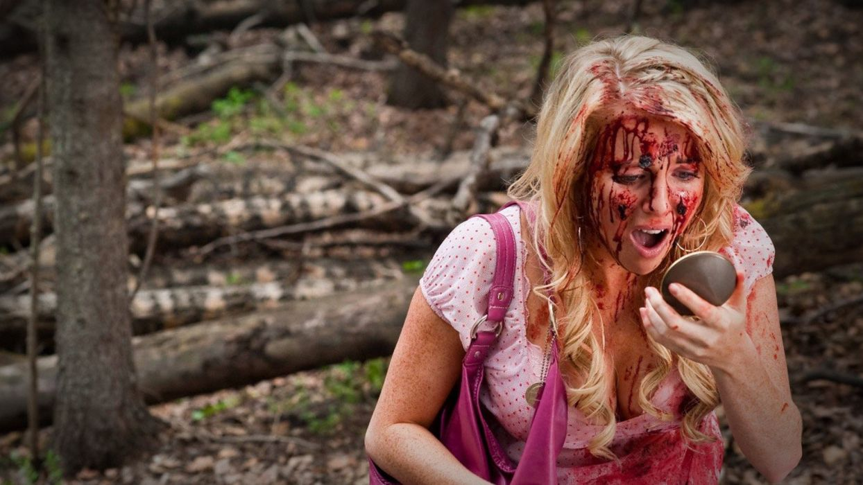 TUCKER-AND-DALE-VERSUS-EVIL comedy horror tucker dale evil blood   ge wallpaper