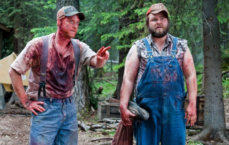TUCKER-AND-DALE-VERSUS-EVIL comedy horror tucker dale evil blood r wallpaper