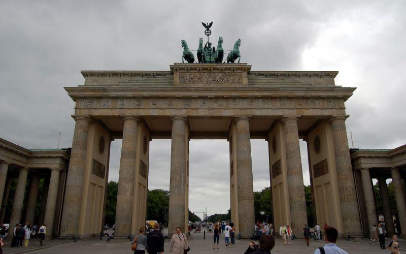 Germany Berlin Brandenburg Gate wallpaper