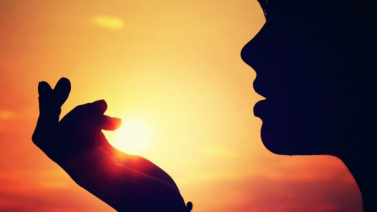 women sunset Sun silhouettes wallpaper