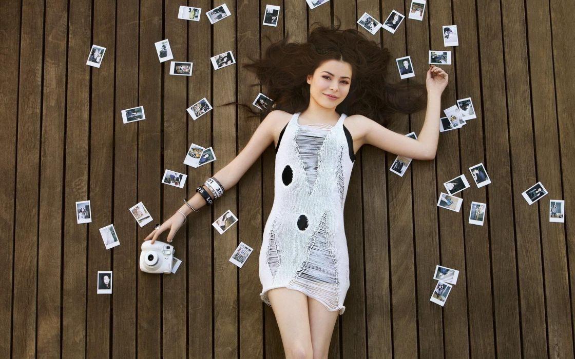 brunettes women celebrity Miranda Cosgrove wallpaper