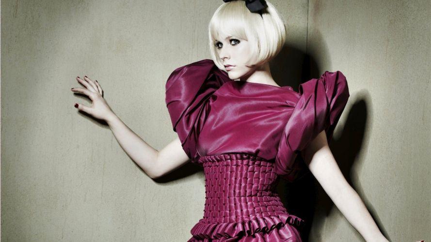 blondes women Avril Lavigne celebrity wallpaper