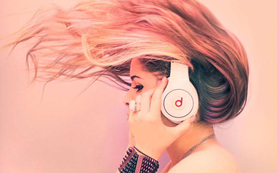 headphones blondes women wallpaper