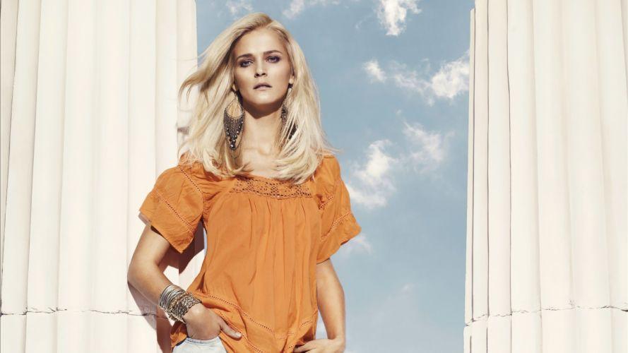 blondes women Carmen Kass wallpaper