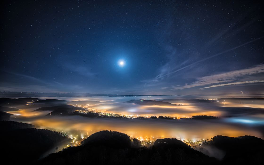 vixen polarie night sky lights clouds uetliberg switzerland  wallpaper