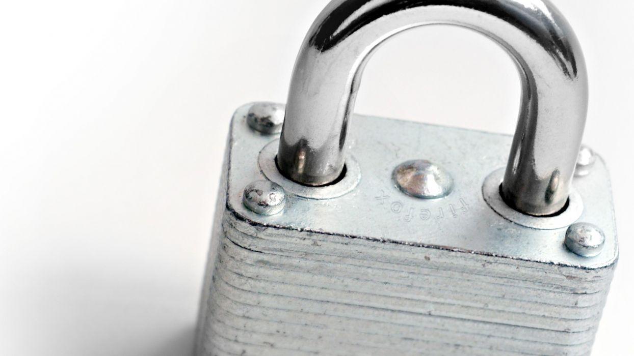 locks wallpaper