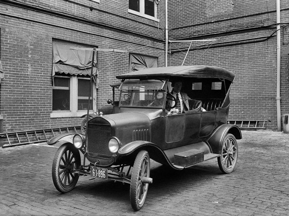 1923 Ford Model-T Touring retro      h wallpaper