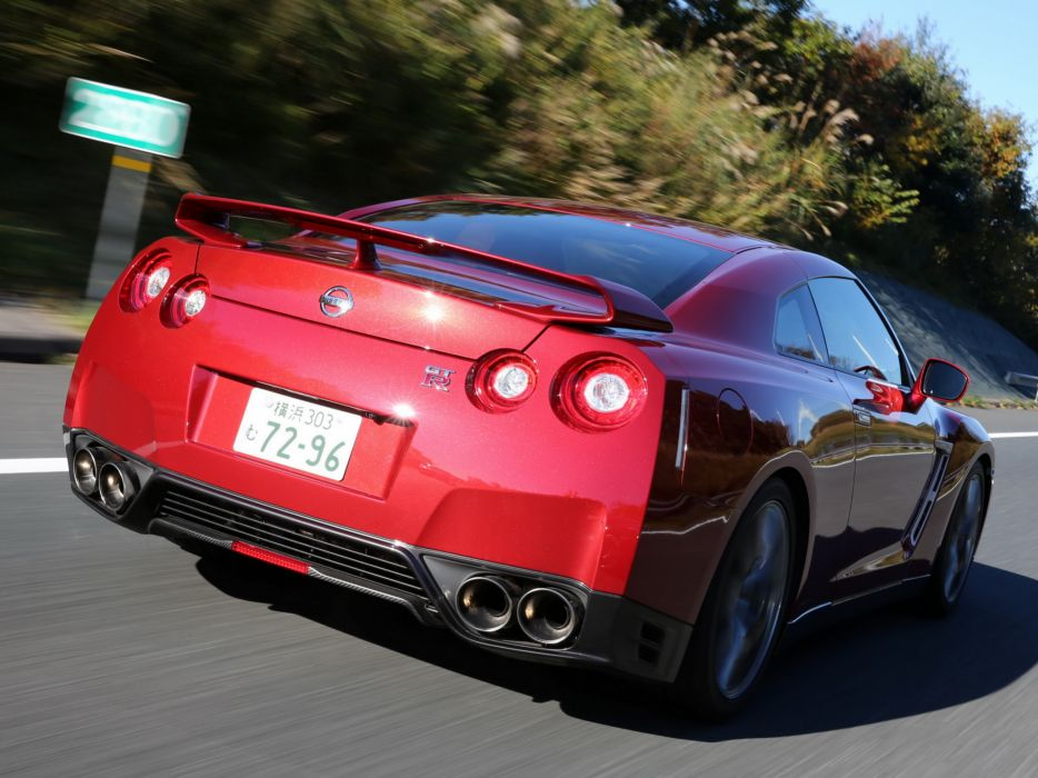 2014 Nissan GT-R JP-spec (R35) supercar y wallpaper