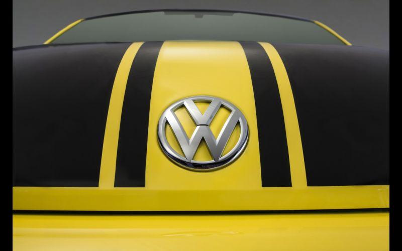 2014 Volkswagen Beetle GSR logo poster g wallpaper