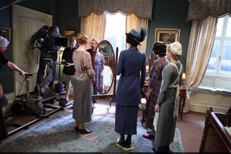 DOWNTON ABBEY british period drama television eh wallpaper