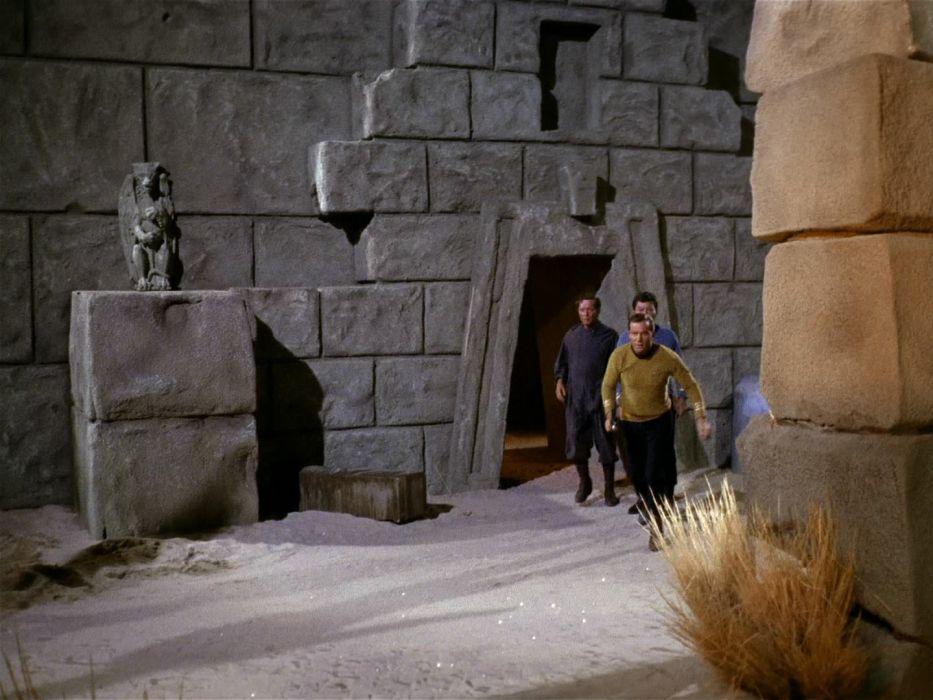 STAR TREK sci-fi action adventure television    q wallpaper