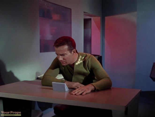 STAR TREK sci-fi action adventure television e wallpaper