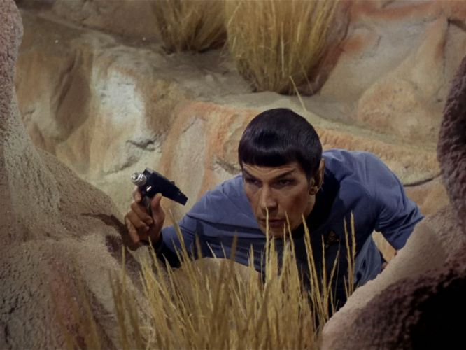 STAR TREK sci-fi action adventure television weapon gun t wallpaper