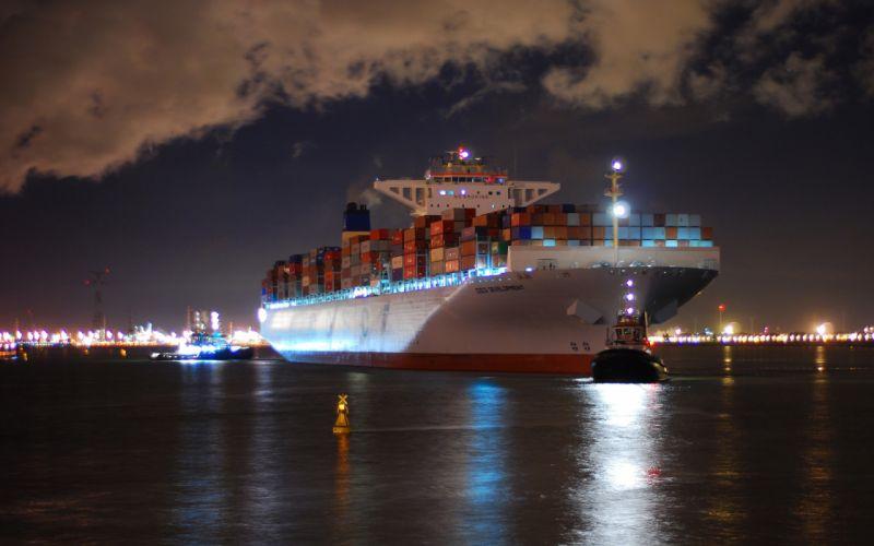 ship at the night wallpaper