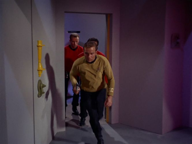 STAR TREK sci-fi action adventure television the-naked-truth (262) wallpaper