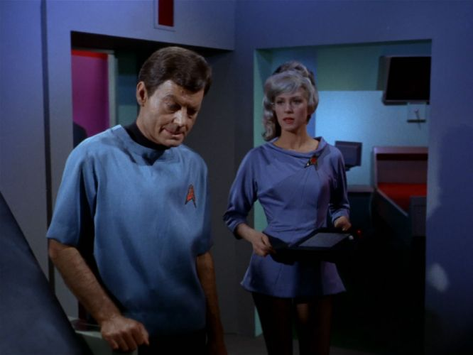 STAR TREK sci-fi action adventure television the-naked-truth (58) wallpaper